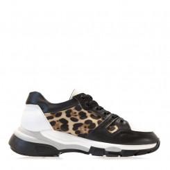 Sneaker in pelle con trama a rete