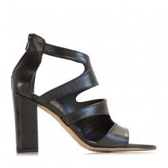 Sandalo in pelle con fasce